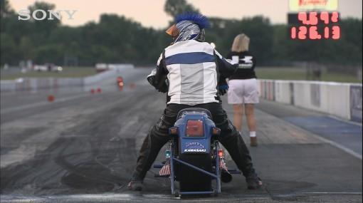 гонки на мотоциклах и машинах