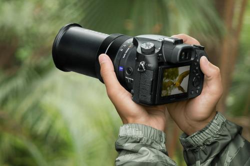 лучшие цифровые фотоаппараты Sony RX 10 IV