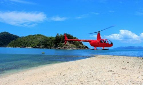 Картинки по запросу helicopter over the beach