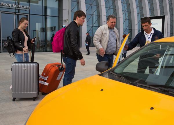 """Услуга """"совместная поездка"""" может внедряться лишь с согласия всех пассажиров-попутчиков. Фото: Сергей Мальгавко / ТАСС"""