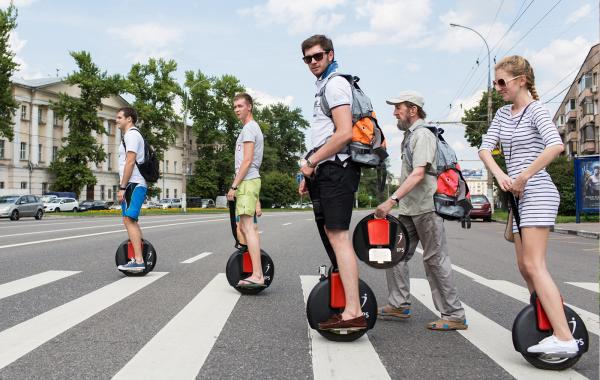 В Госдуме хотят ввести правила дорожного движения для сегвеев и электросамокатов