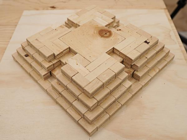 Здание-The-пирамида 8