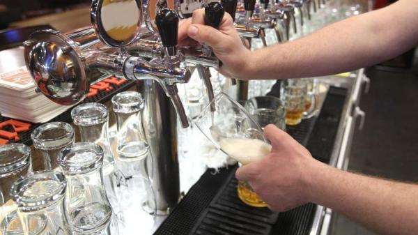 Новый закон запретит пивнушки в жилых домах
