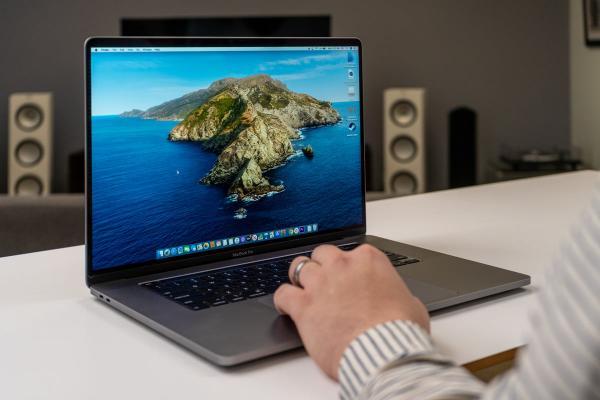 Apple MacBook Pro 16-дюймовый обзор ry 3