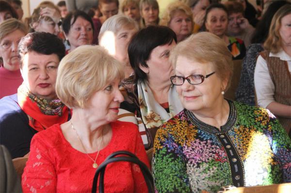 Льготы ветеранам труда в 2020 году в Москве московской области и др
