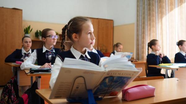 Блок для учителя: в России предложили ввести понятие педагогической тайны