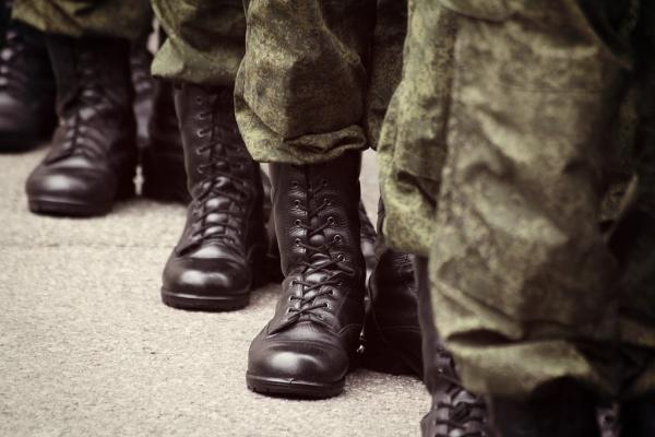 Повышение денежного довольствия силовиков и военных пенсий запланировали на 1 октября 2020 года