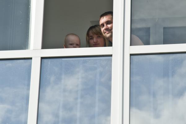 Молодежь хотят оставить в очереди на льготное жилье до «старости»