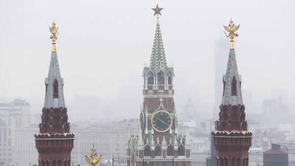 Кремль зима туман