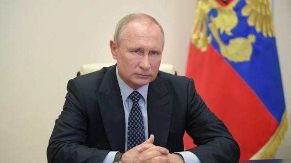 Путин поручил увеличить минимальный размер пособия по безработице